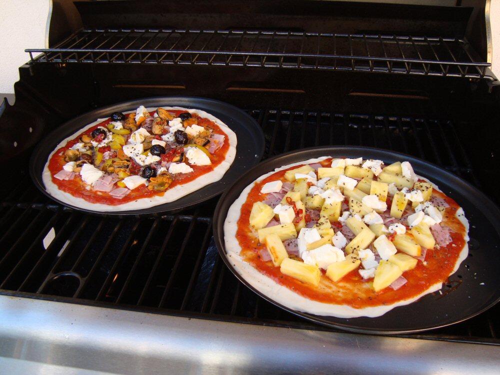 Pizza Gasgrill : Grill pizza